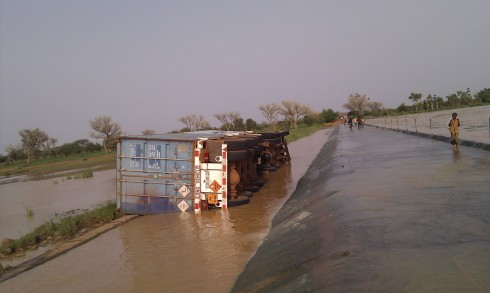 Cyanide containers submerged in downstream flow from Djibo dam