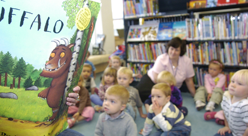 Children in Library reading the Gruffalo