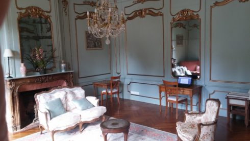Chateau_reading_room